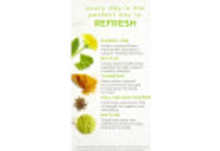 Front of Bigelow Benefits Tumeric Chili Matcha Green Tea box