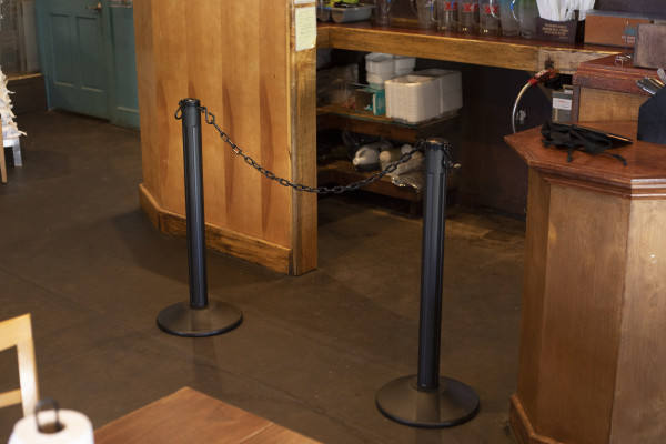 ChainBoss Stanchion - Black Filled with Black Chain 40