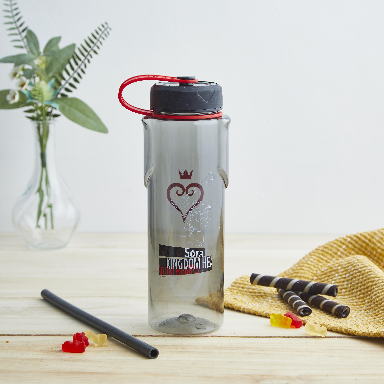 Kingdom of Hearts 36 ounce Reusable Plastic Water Bottle, Sora slideshow image 8
