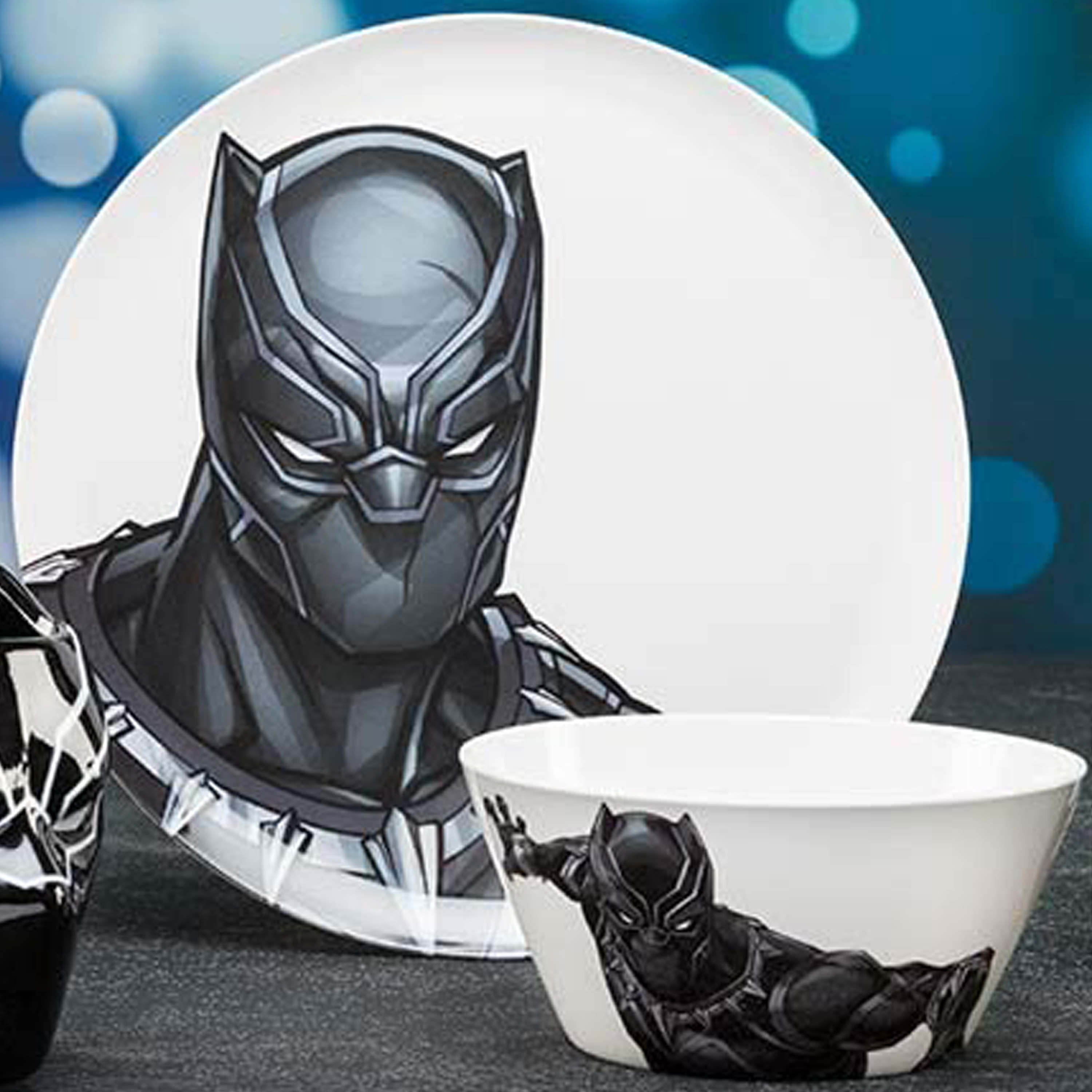 Marvel Comics Dinnerware Set, Black Panther & The Avengers, 2-piece set slideshow image 9