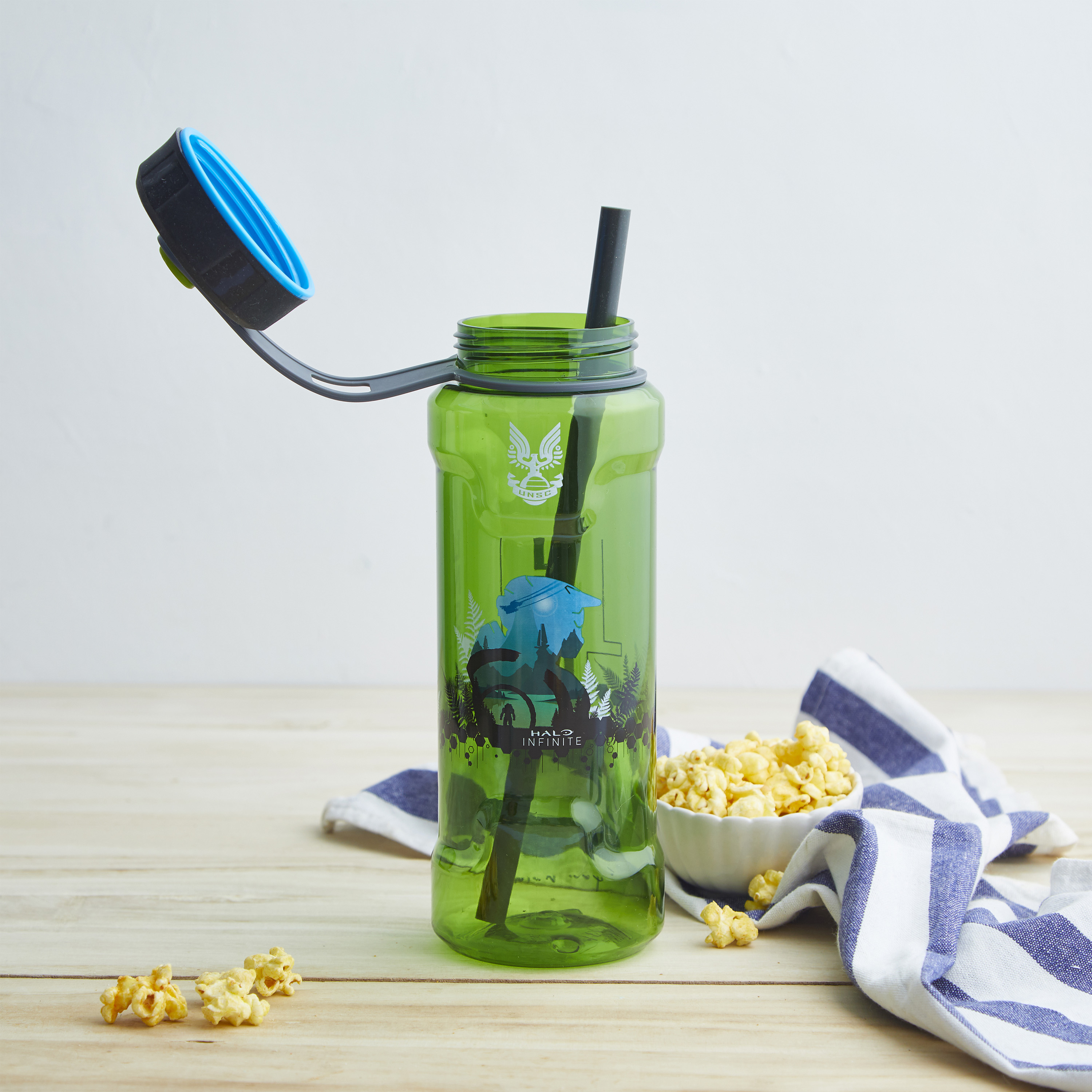 Halo 36 ounce Reusable Plastic Water Bottle, United Nations Space Command slideshow image 6