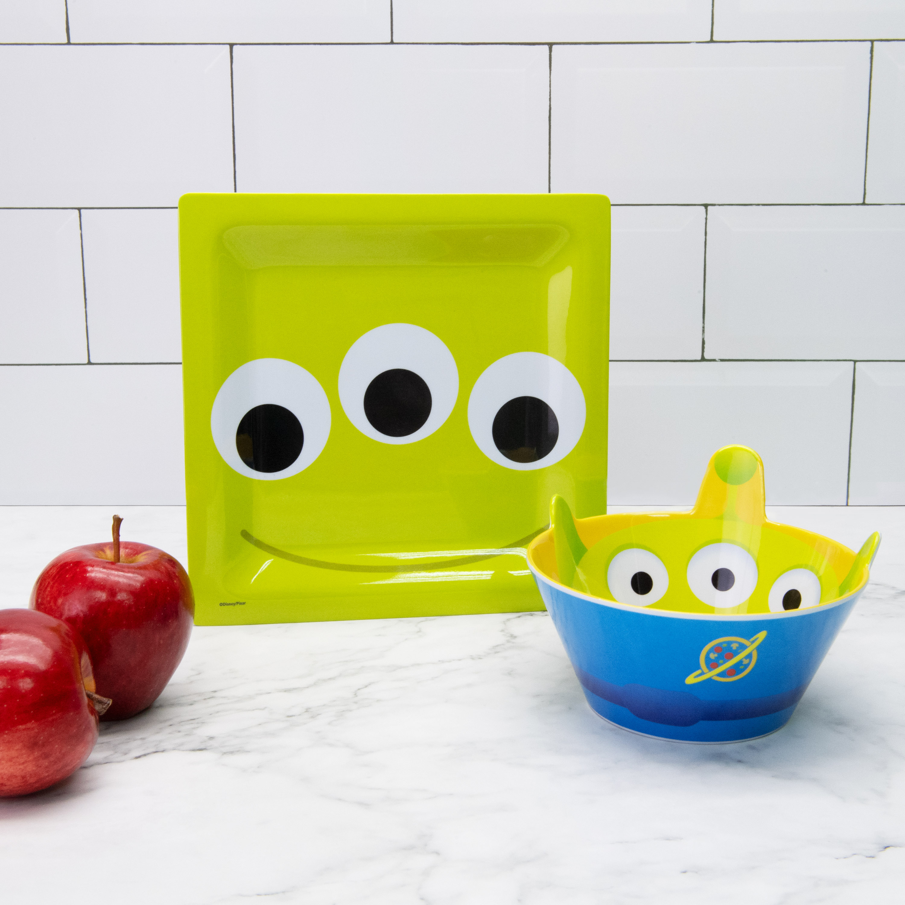 Disney and Pixar Plate and Bowl Set, Aliens, 2-piece set slideshow image 6