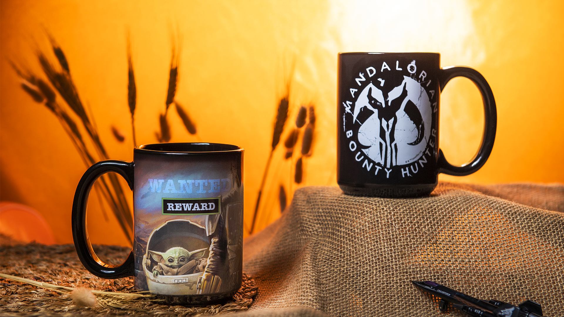 Star Wars: The Mandalorian 15 ounce Ceramic Coffee Mugs, The Mandalorian slideshow image 8