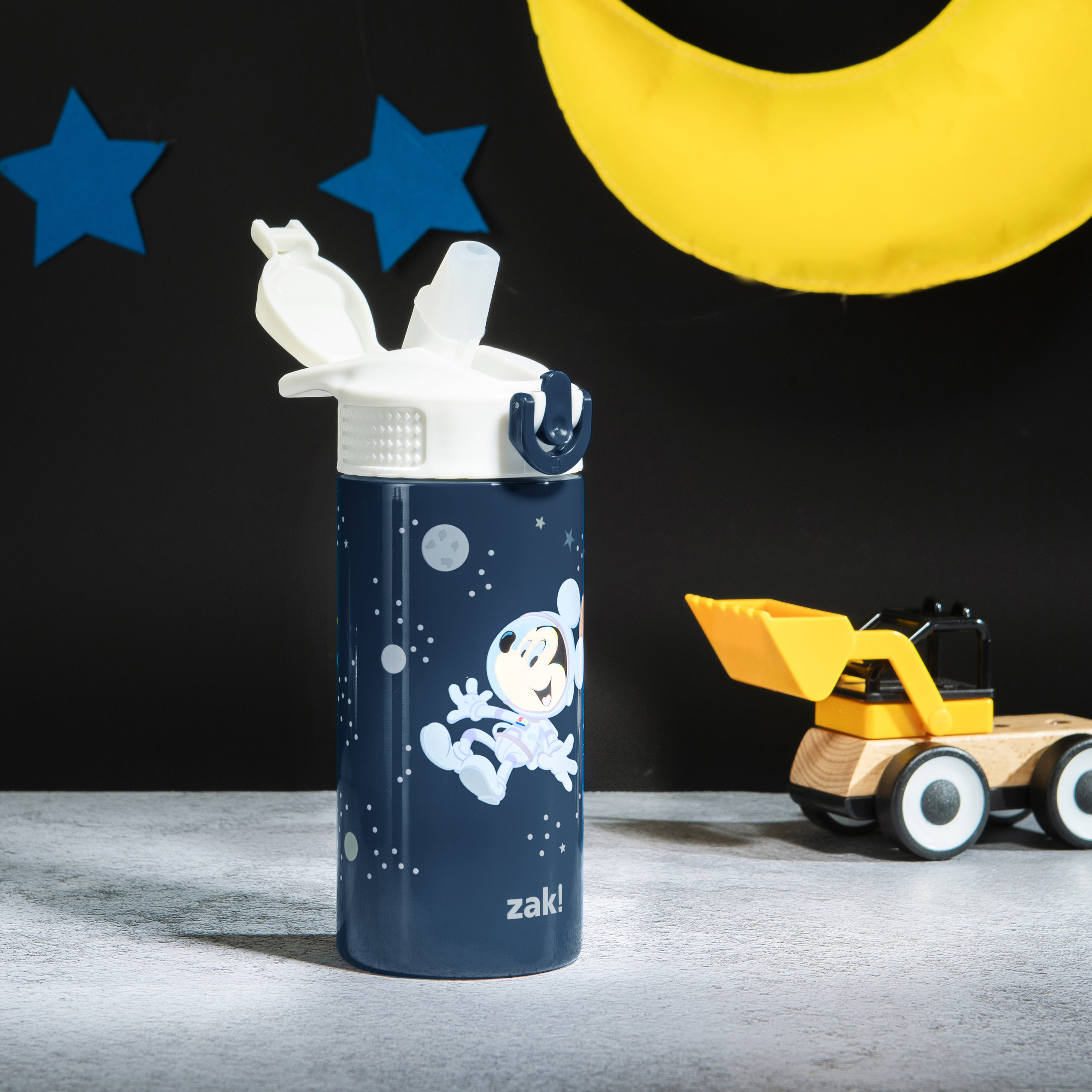 Disney 14 ounce Stainless Steel Vacuum Insulated Water Bottle, Mickey Mouse slideshow image 9