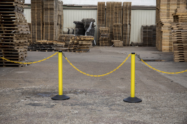 ChainBoss Stanchion - Yellow Empty  with Yellow Chain 19