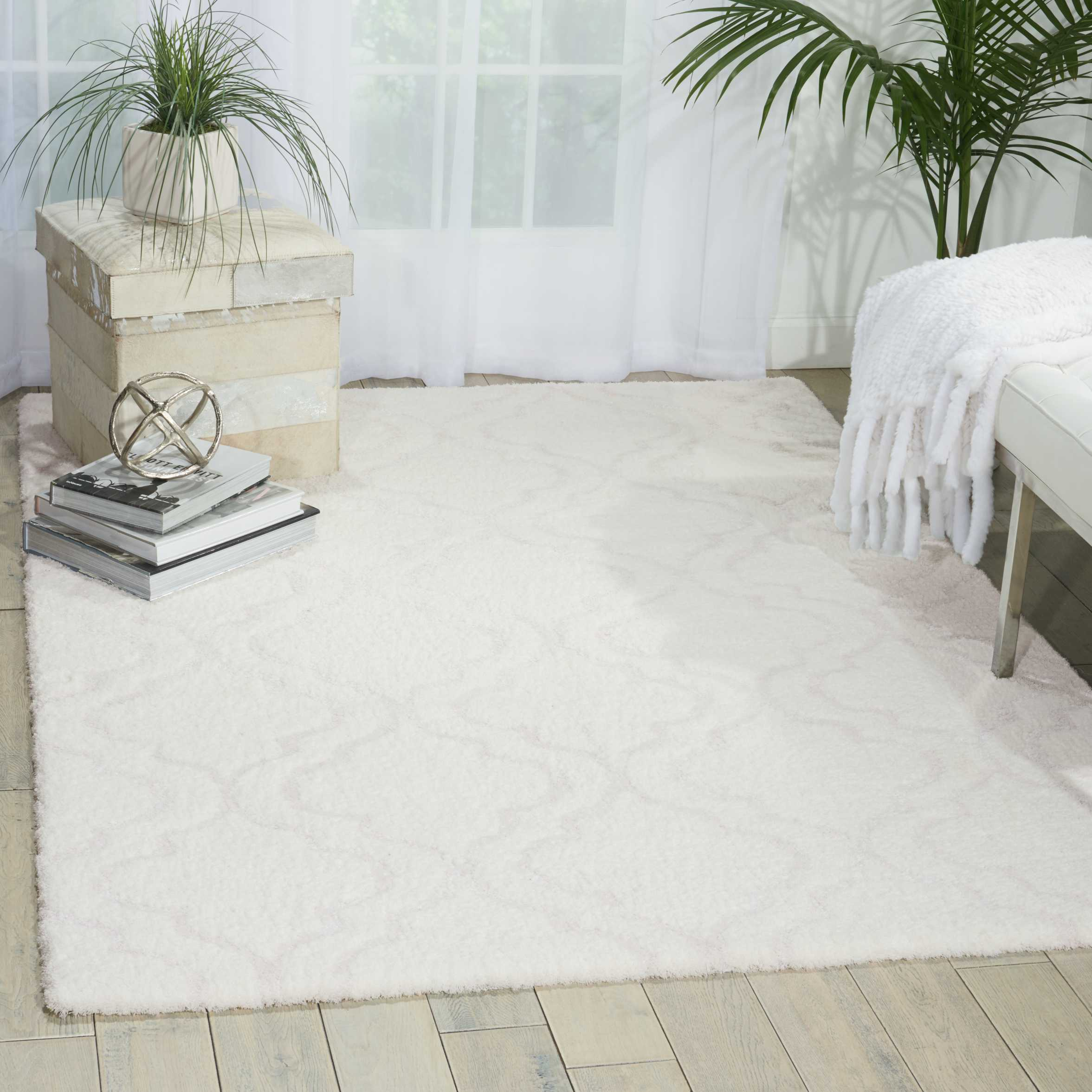 Kathy Ireland Home Light & Airy Kit01 White 8'X10'   Rug
