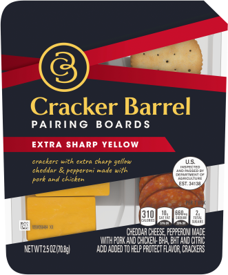 Cracker Barrel Pairing Boards, Extra Sharp Yellow Cheddar, Pepperoni Slices & Butter Crackers, 2.5 oz