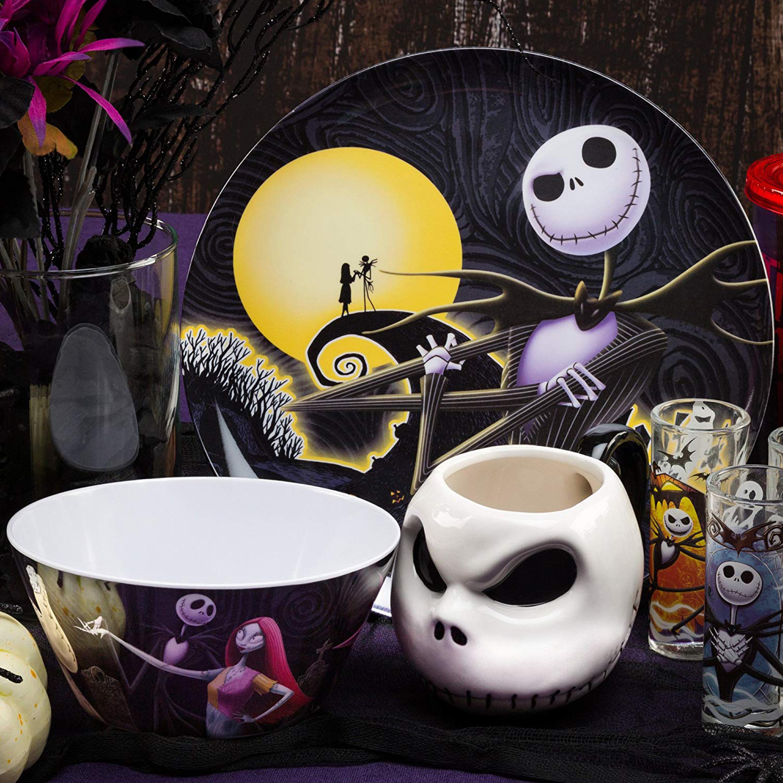 Disney The Nightmare Before Christmas Dinnerware Set, Jack & Sally, 2-piece set slideshow image 11