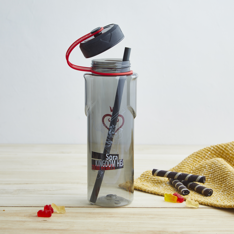 Kingdom of Hearts 36 ounce Reusable Plastic Water Bottle, Sora slideshow image 7