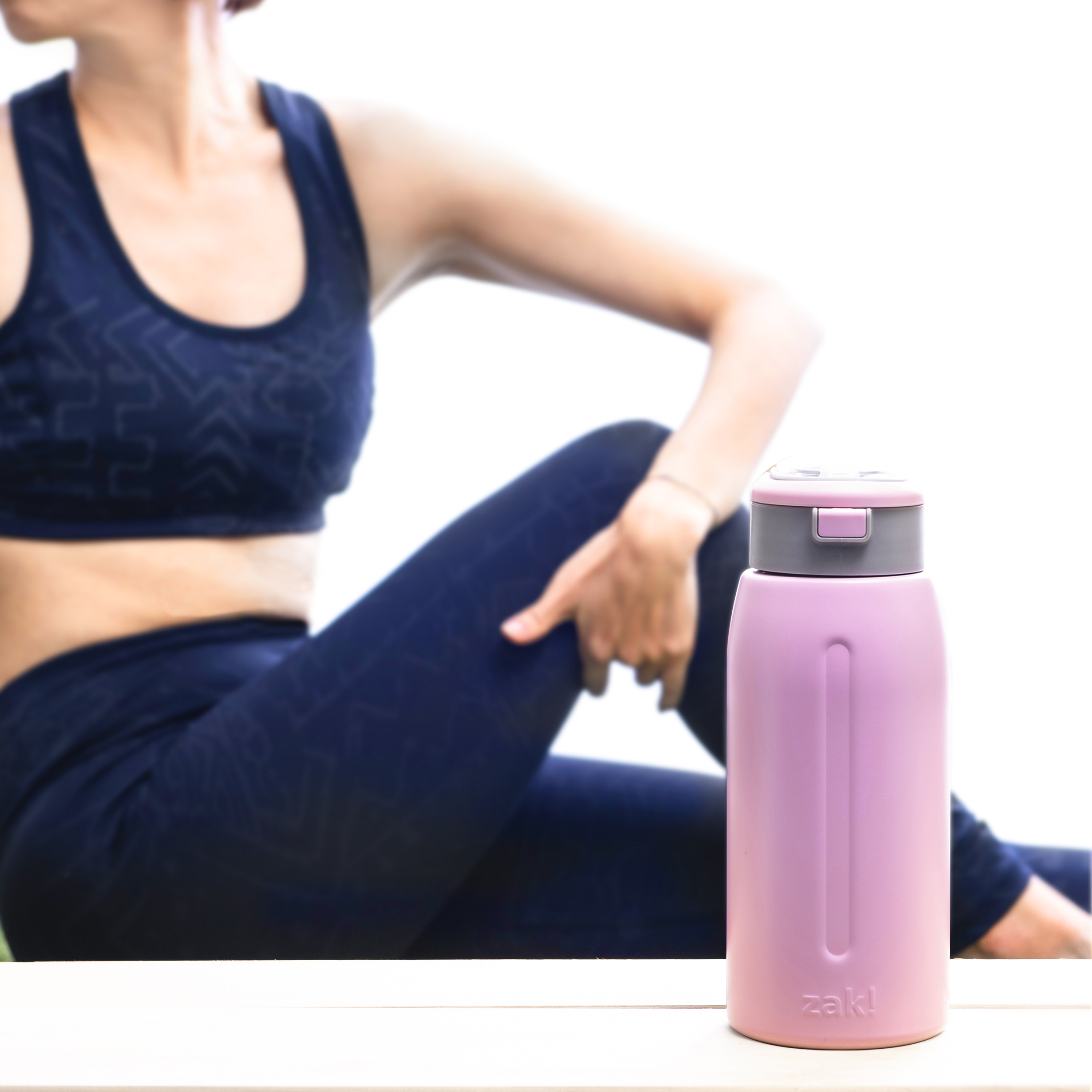Genesis 32 ounce Stainless Steel Water Bottles, Lilac slideshow image 9