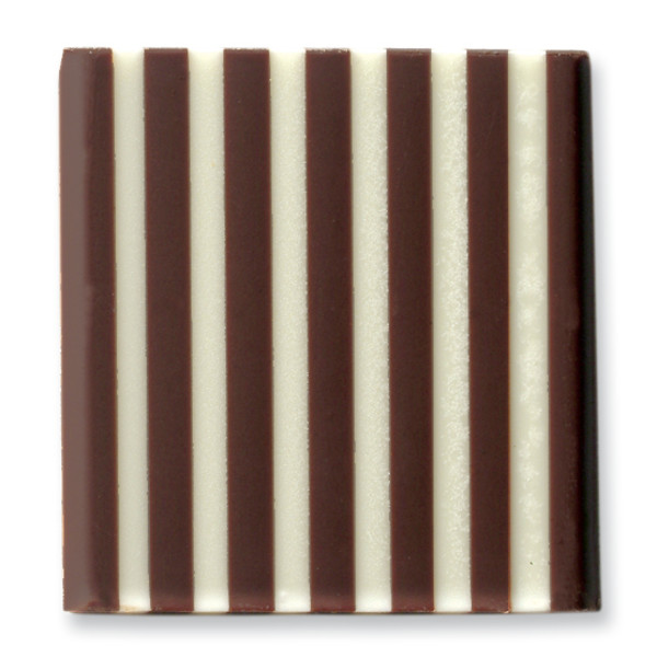 Domino Square Dark/White Belgian Chocolate