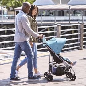 Reversi Reversible Lightweight Stroller