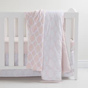 Dreamit - 3-Piece Crib Bedding Set and Trellis Pattern Throw