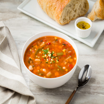 CAMPBELL'S® SIGNATURE REDUCED SODIUM VEGAN VEGETABLE SOUP